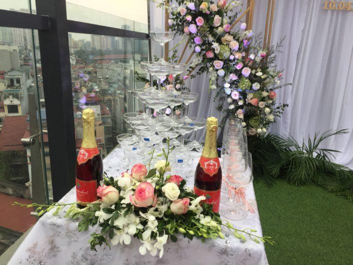 IMG 0483 705x529 - Phụ kiện cưới hỏi