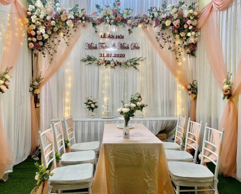 614ae8a70f6cf332aa7d 495x400 - Bàn ghế đám cưới