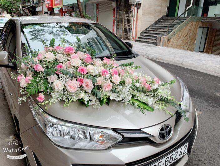 H004 2200 705x530 - Hoa xe cưới