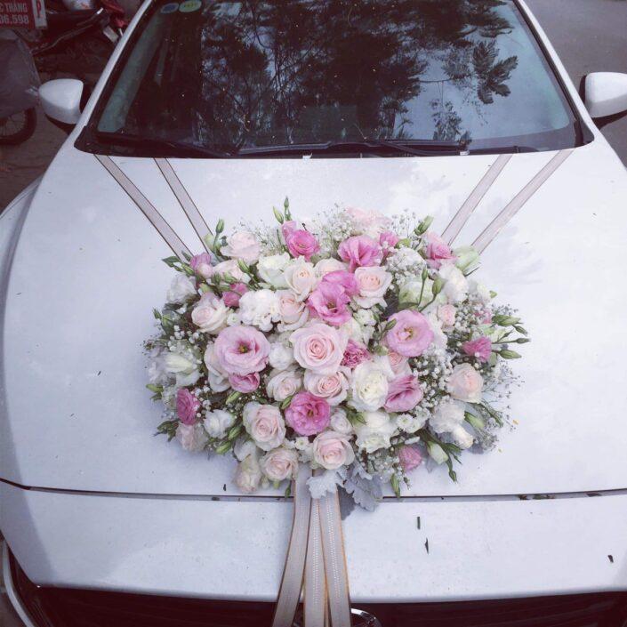 H01 1800 705x705 - Hoa xe cưới