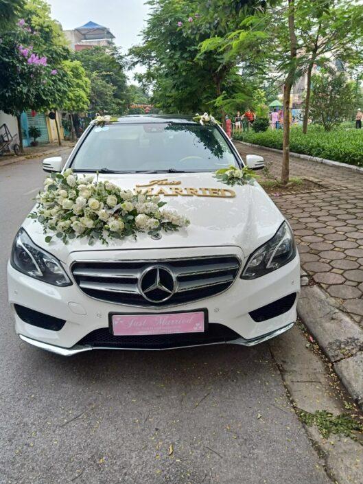 H93B 2300 529x705 - Hoa xe cưới